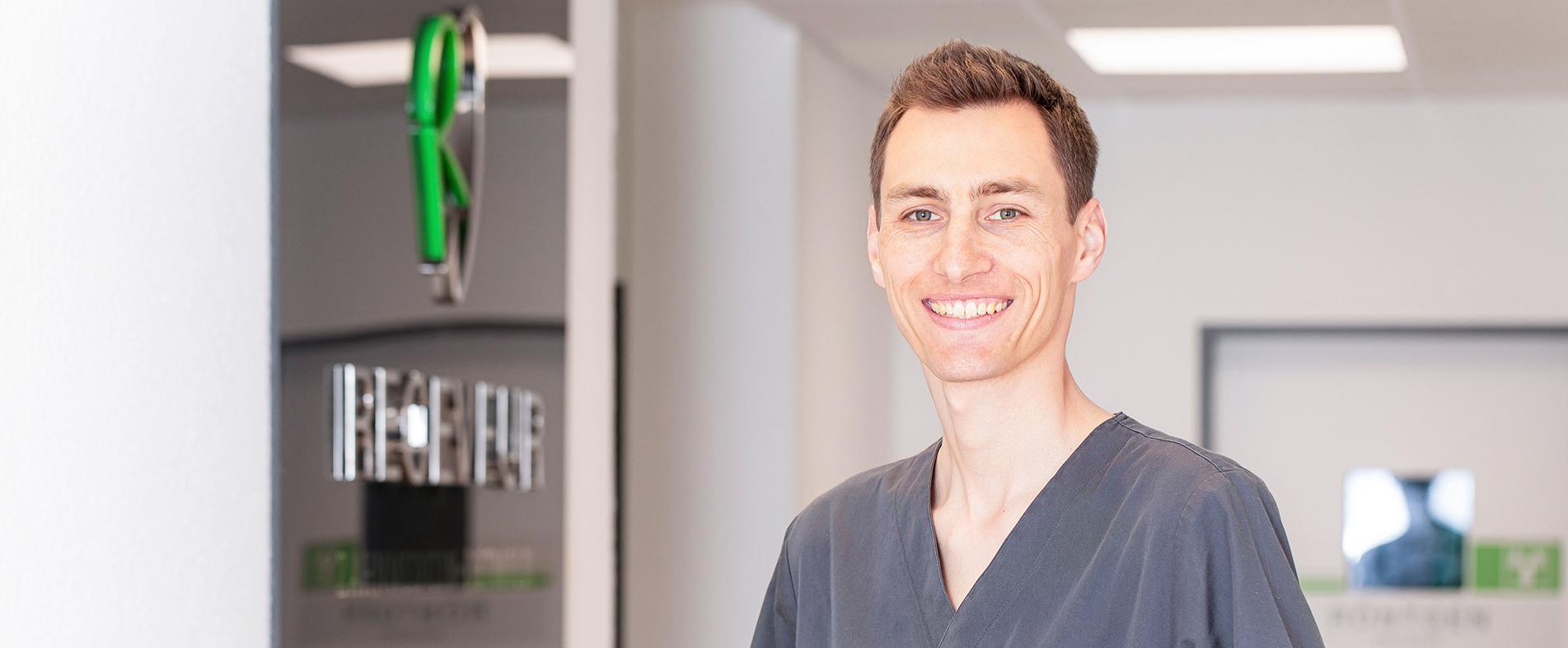 Dr. Jan Receveur - Kieferorthopäde in Detmold